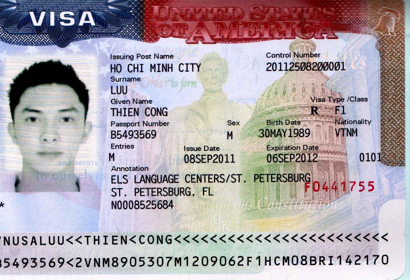 Hồ sơ làm visa đi Mỹ tại Đà Nẵng để đi du lịch bao gồm những giấy tờ gì?